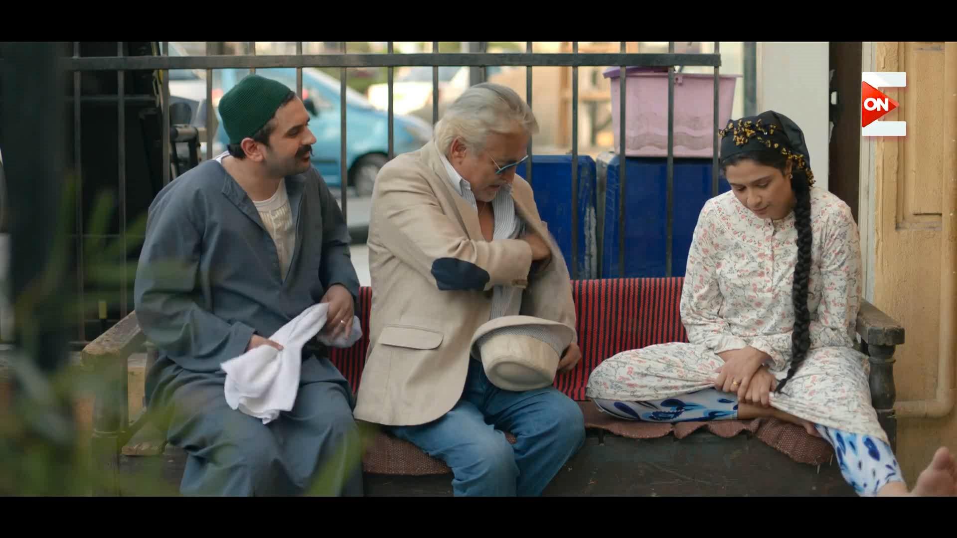 مشهد مثير ورائع لرجول ياسمين عبدالعزيز اللذيذه - هربانه منها -15